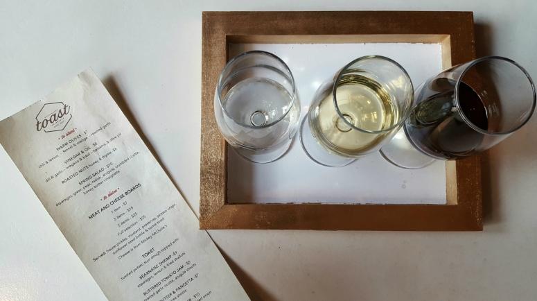 Toast Wine Bar (2)